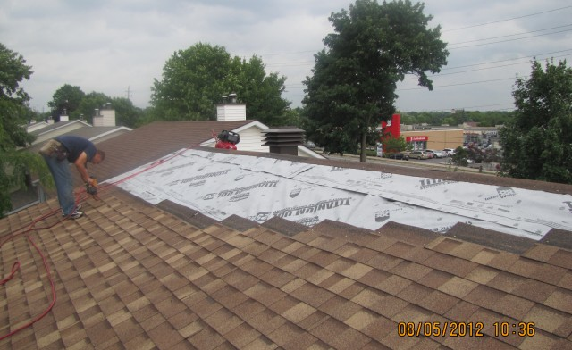 Roofing-640x392