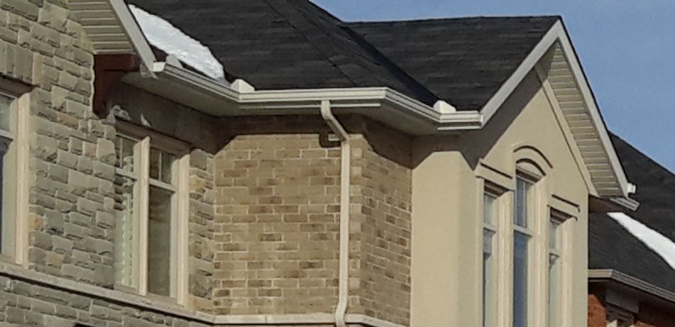 Eavestroughs and Downspouts