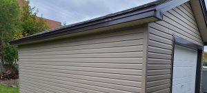 alba-home-services-garage with vinyl-siding