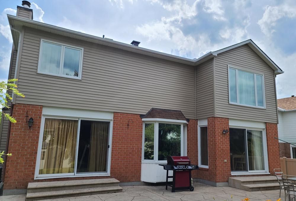 alba-home-services-house with vinyl-siding